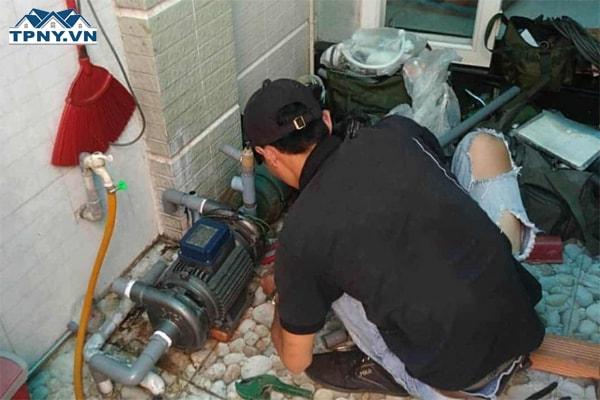 Báo giá dịch vụ thợ sửa máy bơm nước tại nhà