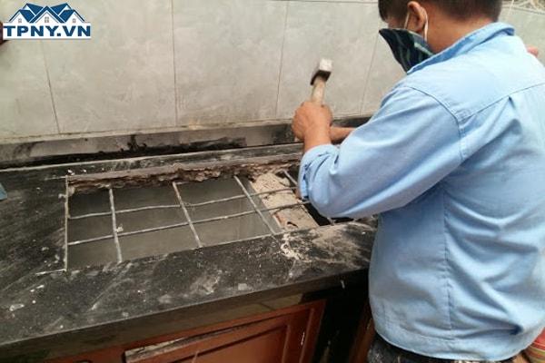 Cắt đá mặt bếp