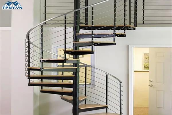 Cầu thang xoắn bằng inox
