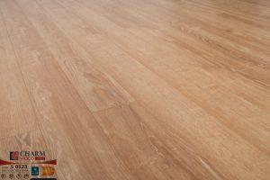 Sàn gỗ công nghiệp Charm wood S0123