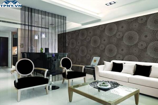 Phòng khách 6m nhà ống nổi bật hơn với thiết kế giấy dán tường