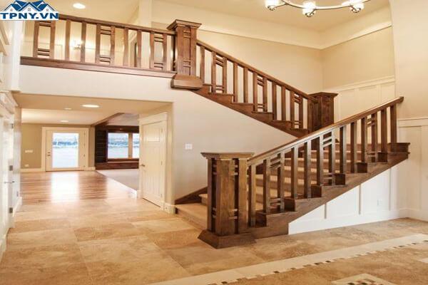 Tay vịn cầu thang gỗ có hình vuông
