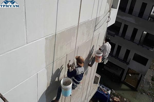 Tổng hợp các loại sơn chống thấm ngoài trời hiệu quả nhất hiện nay